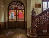 GFG Chateau Hallway Escape