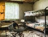 GFG Abandoned Holiday House Escape